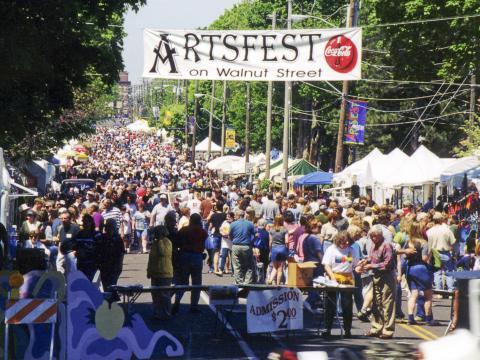 Artsfest on Walnut Street, eines der größten Festivals unter freiem Himmel im Südwesten Missouris
