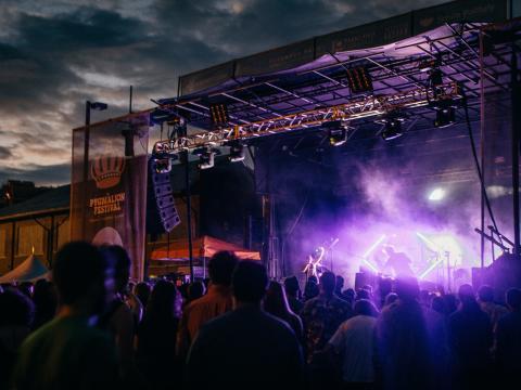 Das Pygmalion Festival wird jährlich im September in Champaign, Illinois gehalten