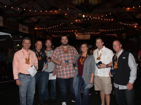 Besucher des Bardstown Craft Beer Festivals