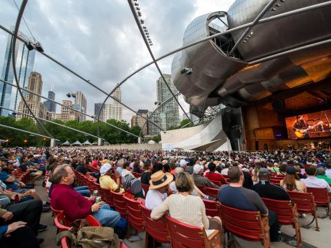 Konzert im Rahmen des Blues Festivals am Jay Pritzker Pavilion im Millennium Park