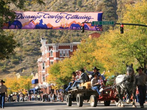 Straßenparade beim jährlichen Durango Cowboy Poetry Gathering