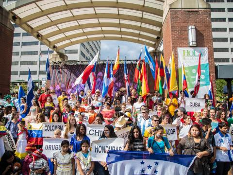 Lateinamerikanische Kultur beim HoLa Festival in Knoxville, Tennessee