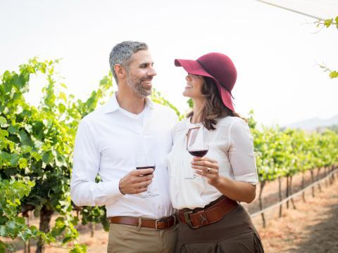 Weinprobe auf einem Weingut im Temecula Valley, Kalifornien